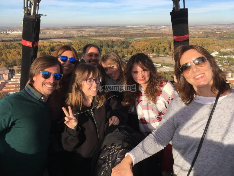 Passengers on the balloon in Aranjuez