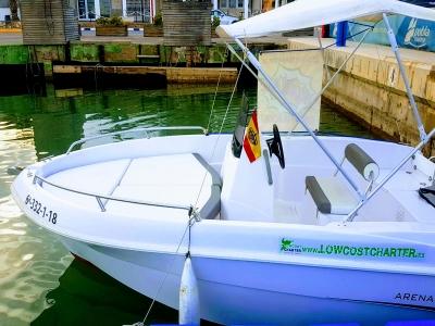 Alquilar un barco sin titulación en Valencia 1hora