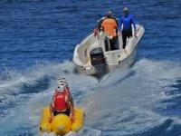 Bananana trascinato dalla barca
