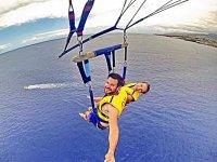 Volo attraverso il Mediterraneo in parapendio