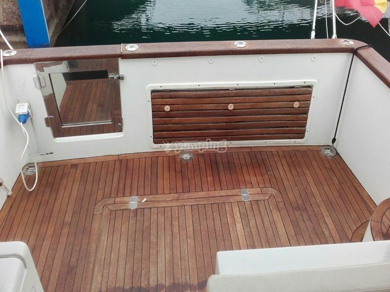 Extérieur du bateau en bois