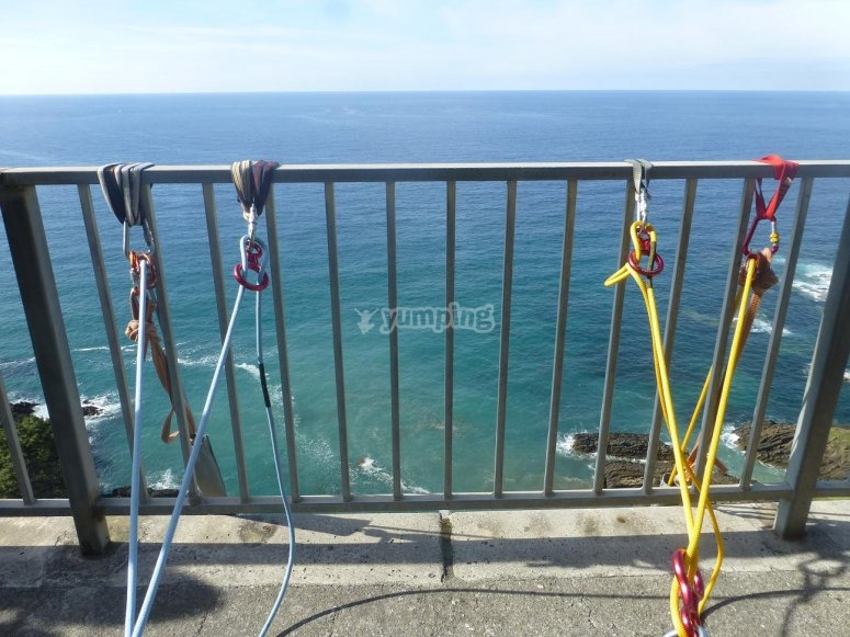 Sicurezza totale per bungee jumping