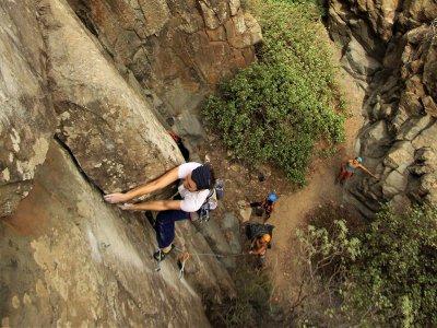 Taller de escalada en roca en Tenerife de 4 horas