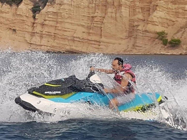 Moto de agua de 130 cv Sea Doo GTI