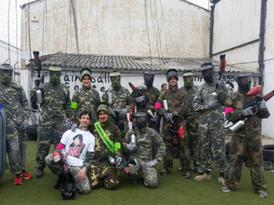 Paintball con 200 bolas en Vitoria para adultos