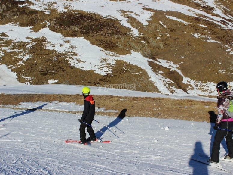 Clases esquí para la familia