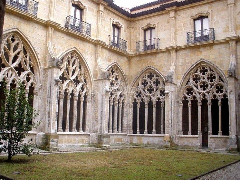 Claustro gotico