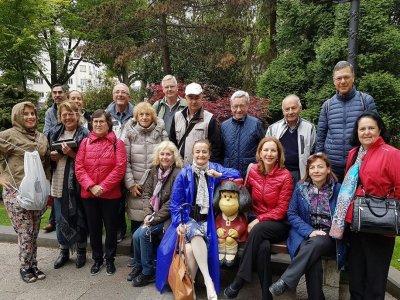 Visita guiada por Oviedo y comida con cachopo