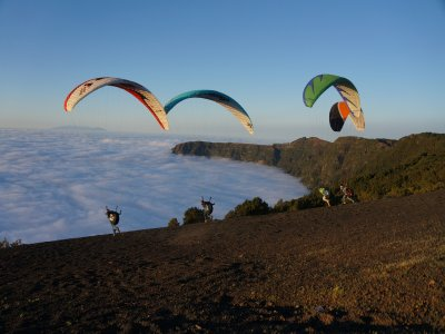 Volar en parapente en isla de El Hierro con vídeo