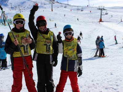 Skiing group classes at Baqueira children 3 h