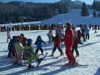 Clase en grupo de esqui