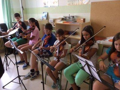 在El Burgo de Osma的营地音乐训练
