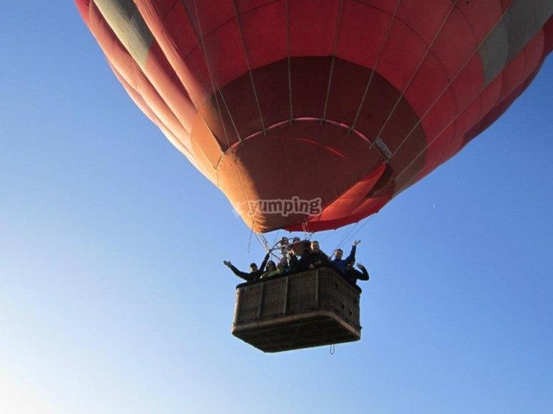 Iniciando el vuelo en globo