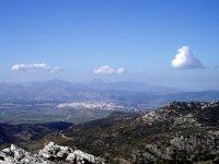 穿越格拉萨莱马山脉