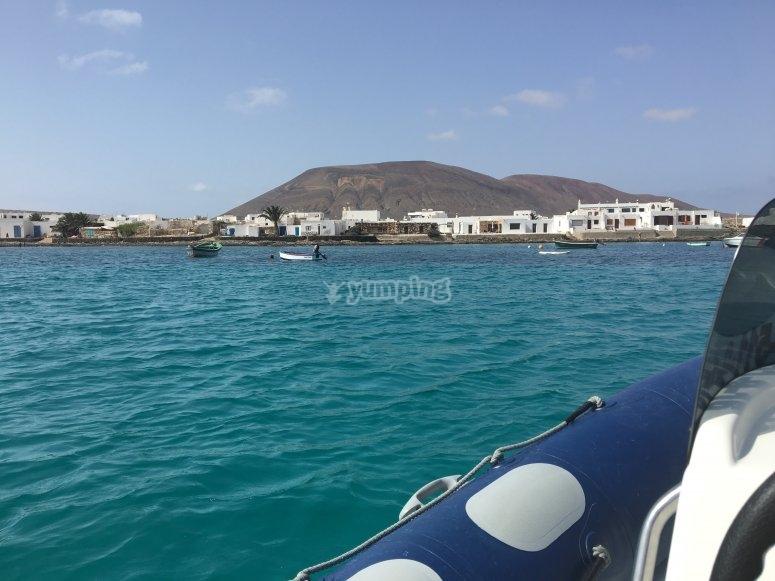 Vistas de la isla desde el mar