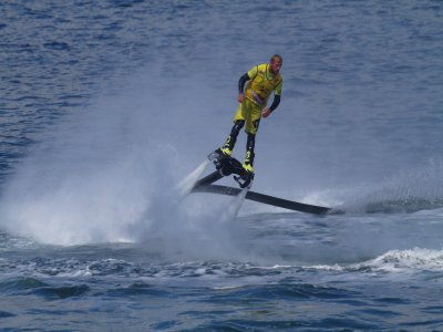 Flyboard session in Ibiza, 20 mins/1 person