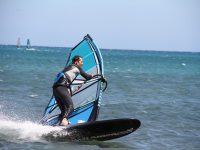 2 hour Windsurf material rental at Agua Plana