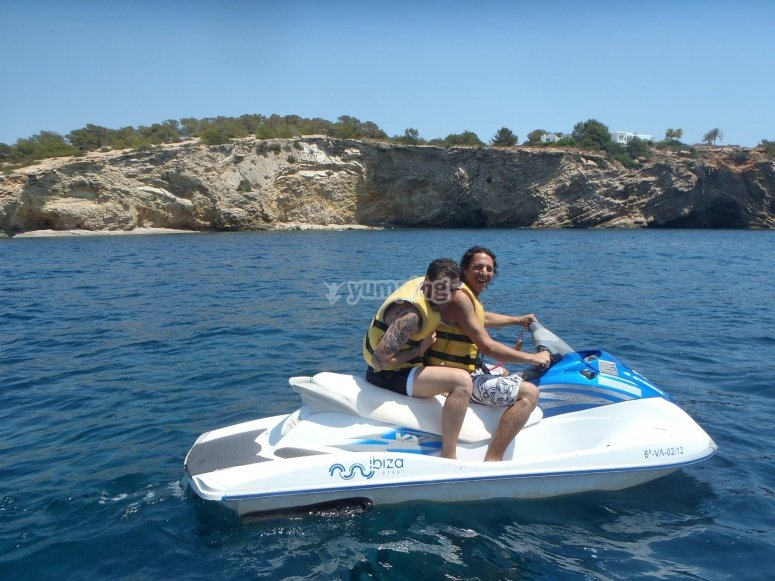 Moto acuática en Ibiza