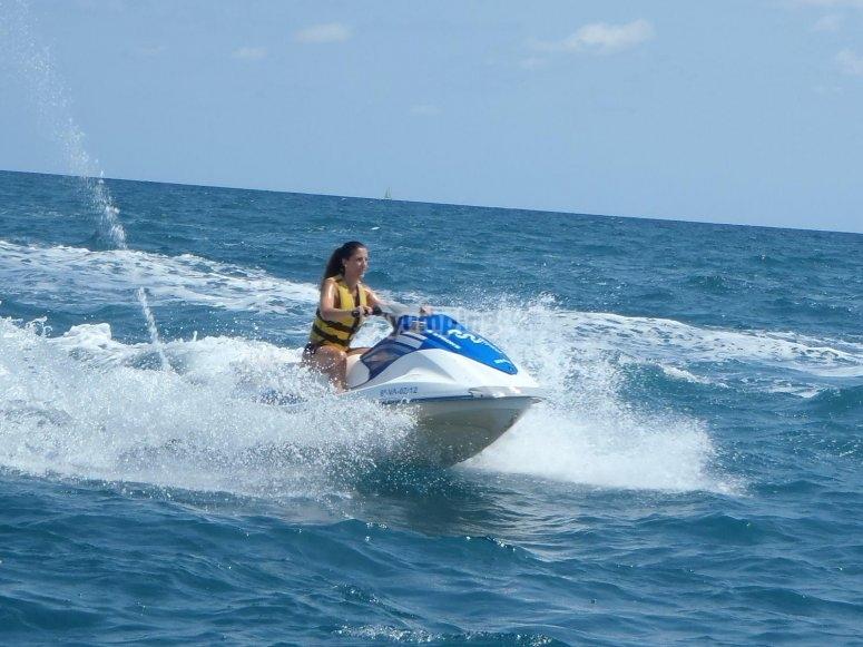 Sesión con moto de agua