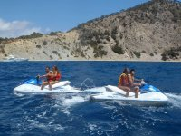 Moto de agua flyboard banana seabob y wakeboard