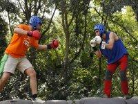 Combate entre amigos en la gymkana