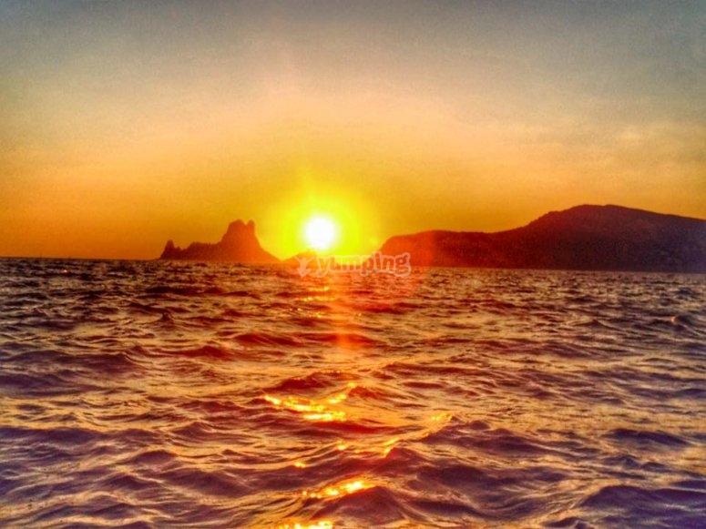Vistas del atardecer en Ibiza