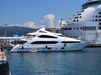 Yacht rental for lower fishing in Costa Brava