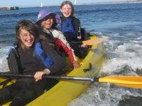 disfrutando en los kayaks