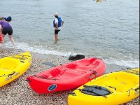 kayaks en la arena