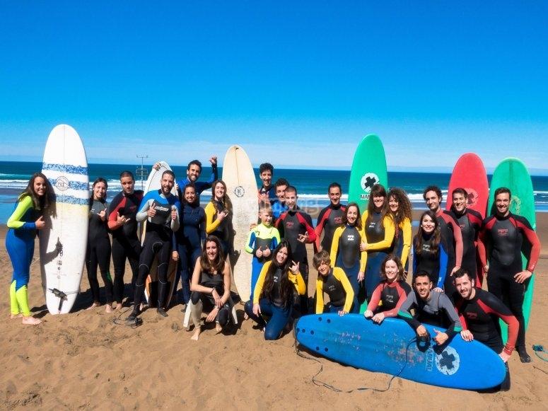Grupo del surf camp