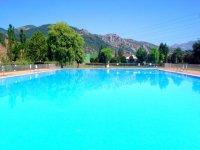 Gran piscina para los alumnos