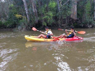 在瓜地亞納河租一双皮划艇1小时