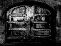 Puerta oscura