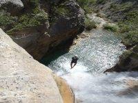 Gettare nel fiume