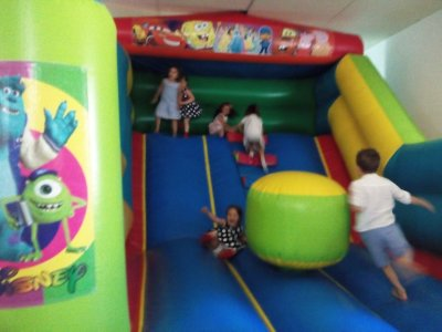 Bouncy castle rental in Huelva, 3h