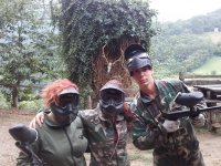 Partida de paintball mixta