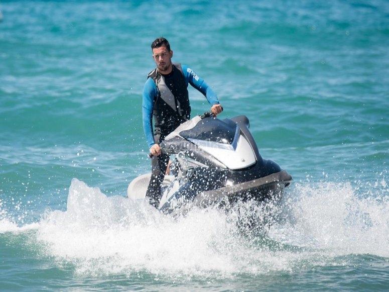 Experiencia en moto de agua