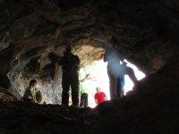 entrando a la gruta