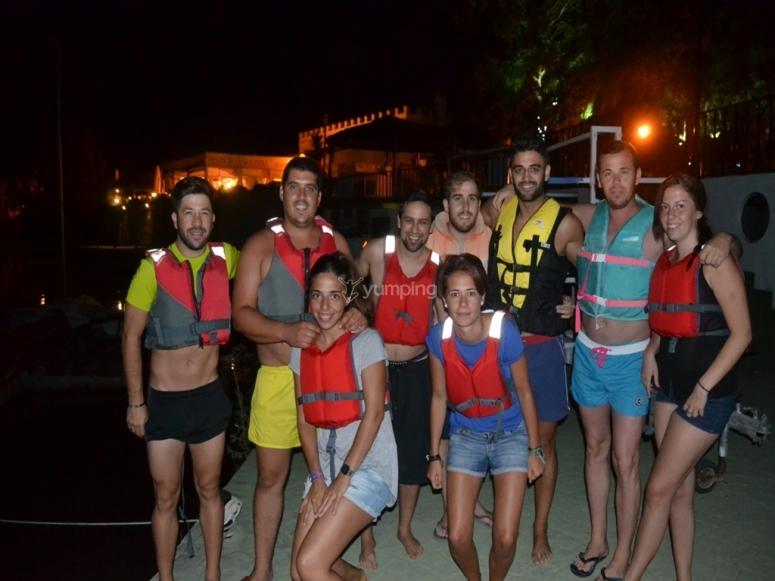 Participantes de la ruta nocturna