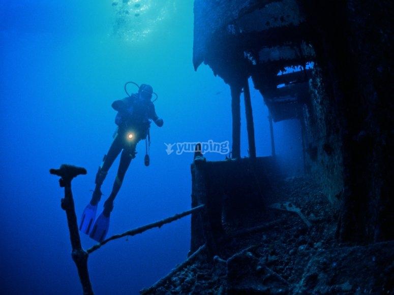塔拉戈纳潜水沉船潜水