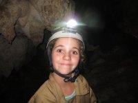 Una de nuestras aventureras en la cueva