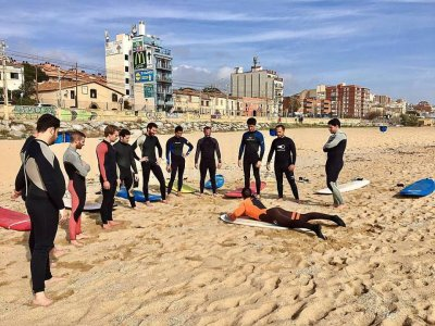 Surf tuition at El Masnou, 90 minutes