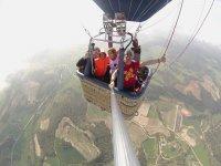 从热气球上拍照