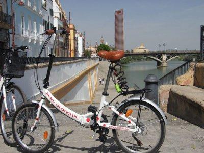 Ruta guiada en bicicleta en Sevilla 2h 30min