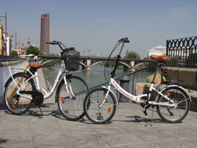 Folding bike rental in Sevilla for 1 day