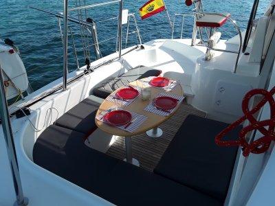 Paseo en Catamaran en Ibiza 12 personas