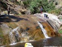 Toboganes en el barranco de los Papúos