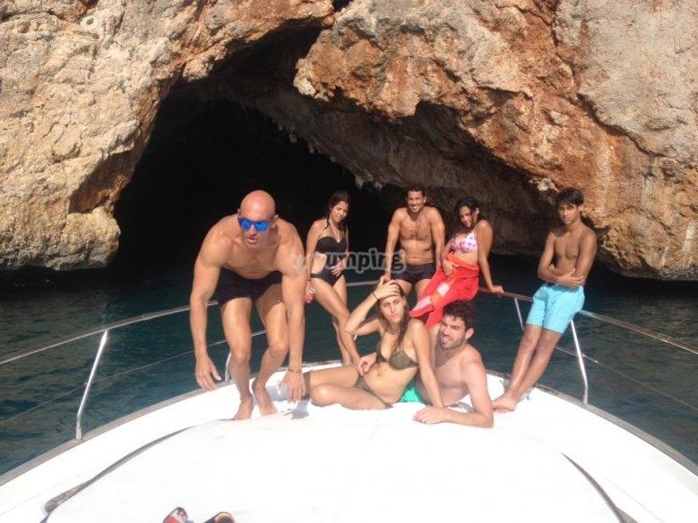 Todos juntos en el barco