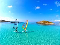 在福门特拉岛的Windsurf游览