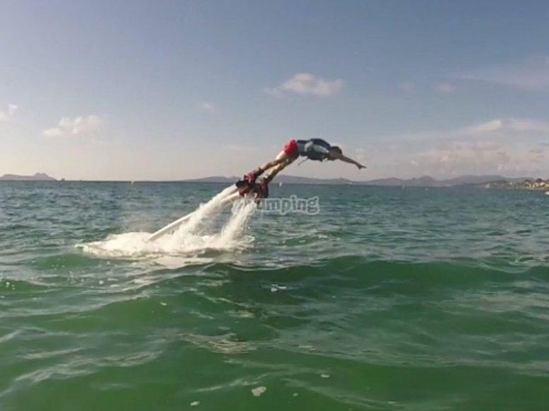 caes en el agua